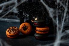 Spider web Macarons