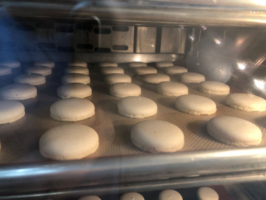 Foodservice French Macaron Bake